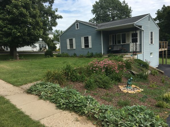 3 bed 2 bath Single Family at 536 S Dodge St Galena, IL, 61036 is for sale at 150k - 1 of 19