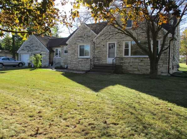 3 bed 1 bath Single Family at 9749 N Granville Rd Mequon, WI, 53097 is for sale at 180k - 1 of 19