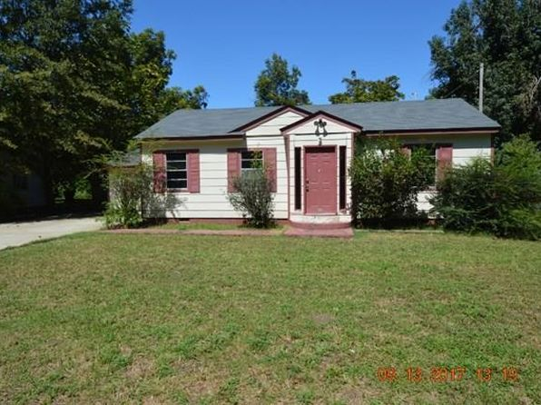 3 bed 2 bath Single Family at 1325 S All Saints Cir Greenville, MS, 38703 is for sale at 10k - google static map