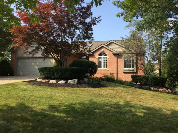 3 bed 3 bath Single Family at 1893 Heron View Dr West Bloomfield, MI, 48324 is for sale at 275k - 1 of 24