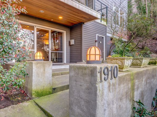 2 bed 2 bath Condo at 1910 SW 18th Ave Portland, OR, 97201 is for sale at 300k - 1 of 28