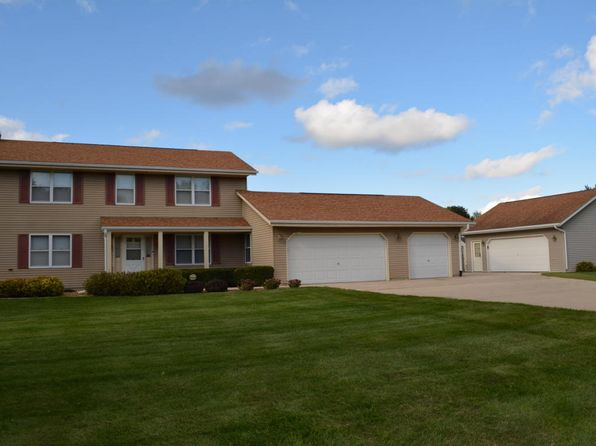 3 bed 3 bath Single Family at 4196 Lamplighter Ln Colgate, WI, 53017 is for sale at 330k - 1 of 17