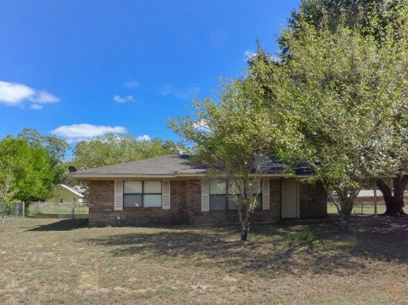 3 bed 2 bath Single Family at 612 SANDY LN GRAPELAND, TX, 75844 is for sale at 95k - 1 of 14