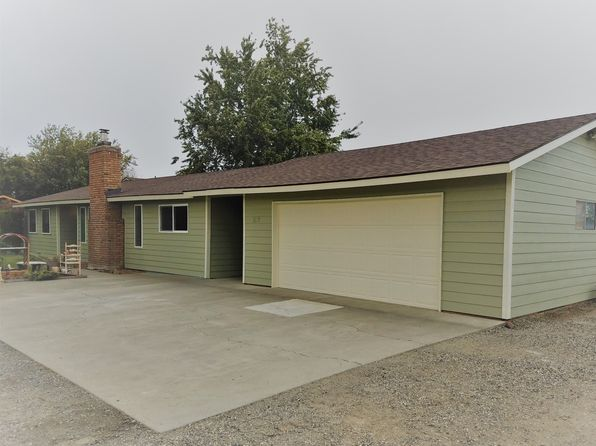 3 bed 2 bath Single Family at 1112 S Highland Pl Kennewick, WA, 99337 is for sale at 245k - 1 of 12