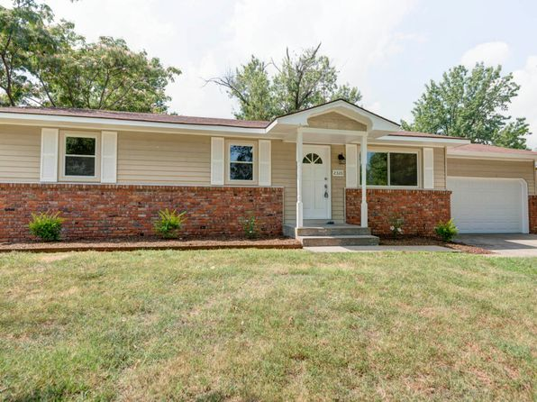 3 bed 1 bath Single Family at 2326 E Parkwood St Springfield, MO, 65803 is for sale at 99k - 1 of 19