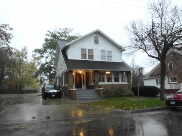 3 bed 2 bath Single Family at 410 W Dutton St Kalamazoo, MI, 49007 is for sale at 93k - 1 of 12