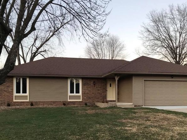 3 bed 2 bath Single Family at 1107 E Green St Clinton, MO, 64735 is for sale at 155k - 1 of 9
