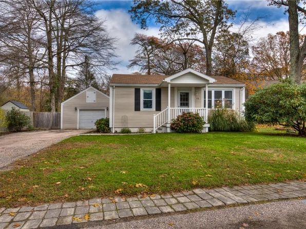 3 bed 2 bath Single Family at 15 Buttonbush Trl Saunderstown, RI, 02874 is for sale at 330k - 1 of 29