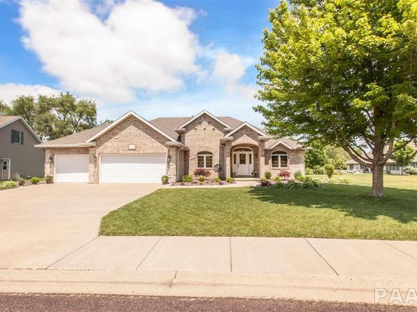 5 bed 4 bath Single Family at 1309 Alexandra Way Pekin, IL, 61554 is for sale at 350k - 1 of 36