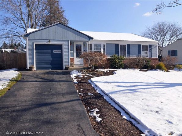 3 bed 1 bath Single Family at 14 Ferncrest Dr Riverside, RI, 02915 is for sale at 250k - 1 of 30