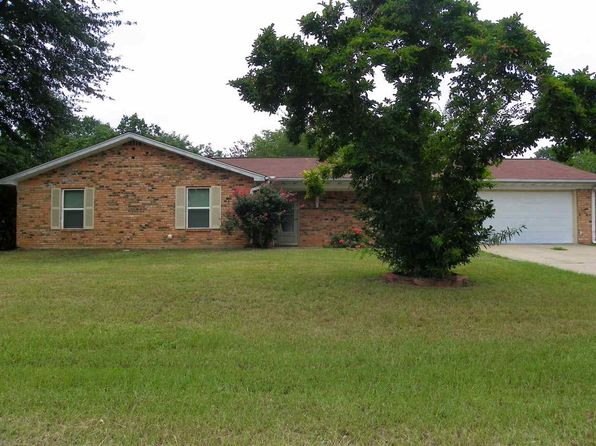 3 bed 2 bath Single Family at 308 Laverne St Hallsville, TX, 75650 is for sale at 145k - 1 of 20