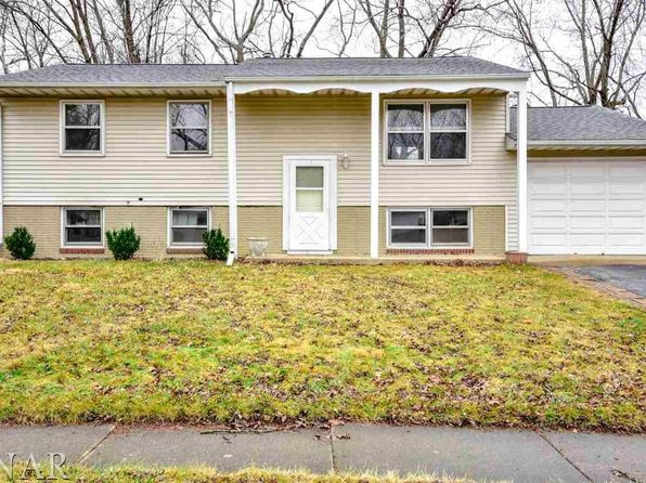 5 bed 2 bath Single Family at 1208 Rutledge Rd Bloomington, IL, 61704 is for sale at 120k - 1 of 30