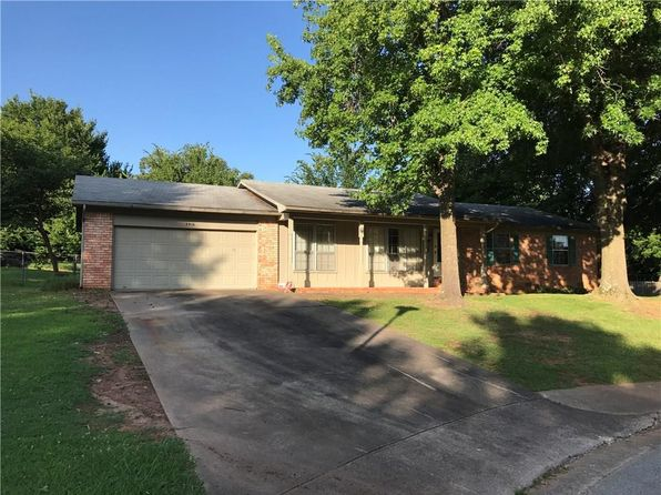 3 bed 2 bath Single Family at 2916 N Mayberry Ln Fayetteville, AR, 72703 is for sale at 175k - google static map