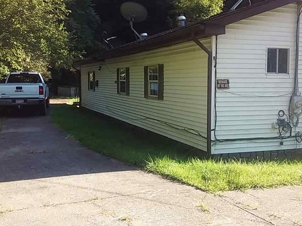 2 bed 2 bath Single Family at 638 Buck Frk Harts, WV, 25524 is for sale at 31k - 1 of 9