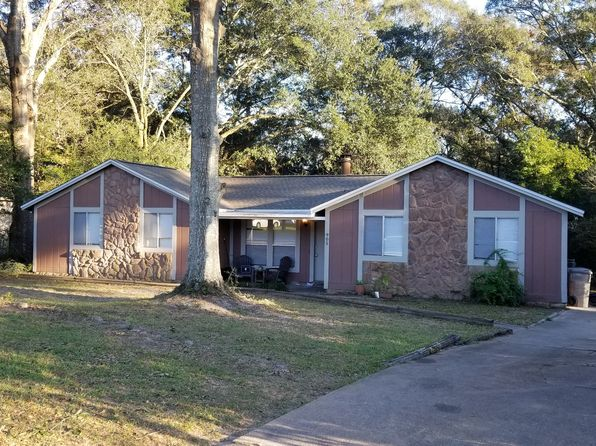 4 bed 2 bath Single Family at 905 Gonzalez Park Dr Cantonment, FL, 32533 is for sale at 180k - 1 of 18