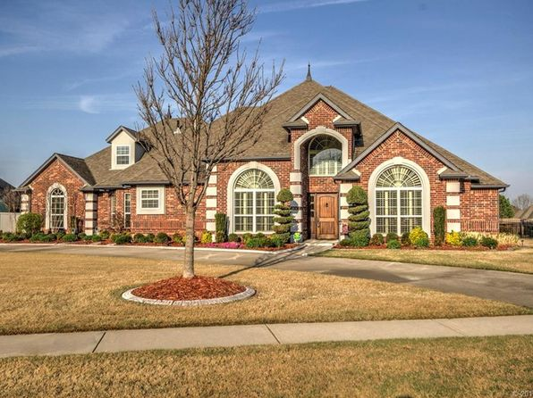 3 bed 3 bath Single Family at 304 S 79th St Broken Arrow, OK, 74014 is for sale at 369k - 1 of 33