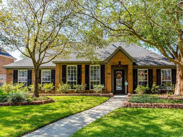 4 bed 3 bath Single Family at 19711 Caroling Oaks Ct Humble, TX, 77346 is for sale at 240k - 1 of 32