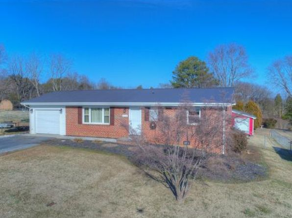 2 bed 2 bath Single Family at 112 Birdie Dr Rogersville, TN, 37857 is for sale at 116k - 1 of 26