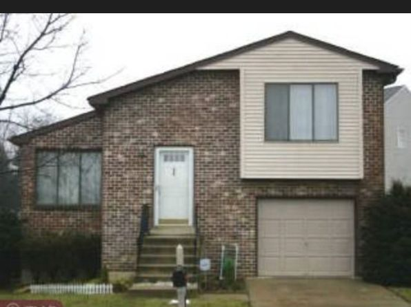 3 bed 3 bath Single Family at 13042 Trina Dr Philadelphia, PA, 19116 is for sale at 350k - 1 of 5