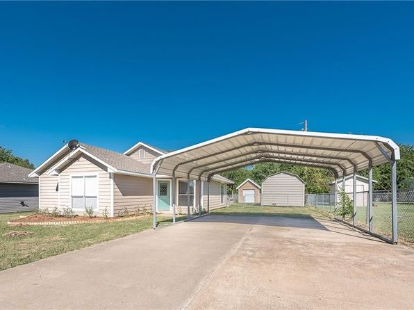 3 bed 2 bath Single Family at 125 McAnally Dr Mabank, TX, 75147 is for sale at 130k - 1 of 25