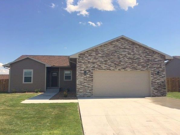 5 bed 3 bath Single Family at 3614 Amy St Garden City, KS, 67846 is for sale at 250k - 1 of 26
