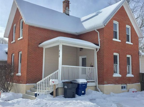 3 bed 2 bath Single Family at 210 Fayette St Clinton, IA, 52732 is for sale at 85k - 1 of 12
