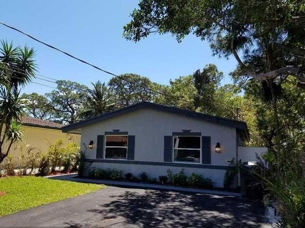 3 bed 2 bath Single Family at 650 NE 39th St Oakland Park, FL, 33334 is for sale at 250k - 1 of 14