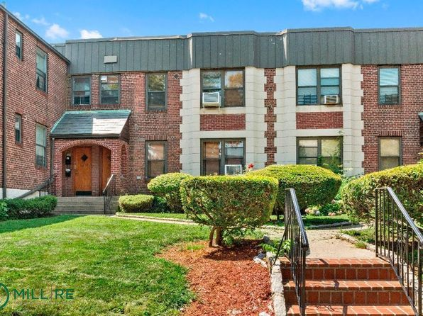 1 bed 1 bath Condo at 2124 77th St East Elmhurst, NY, 11370 is for sale at 395k - 1 of 4
