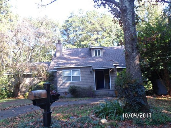 3 bed 2 bath Single Family at 1305 Pawnee Trl SW Dalton, GA, 30720 is for sale at 135k - 1 of 14