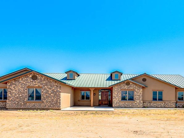 4 bed 3 bath Single Family at 5243 E Hash Knife Draw Rd San Tan Valley, AZ, 85140 is for sale at 455k - 1 of 72