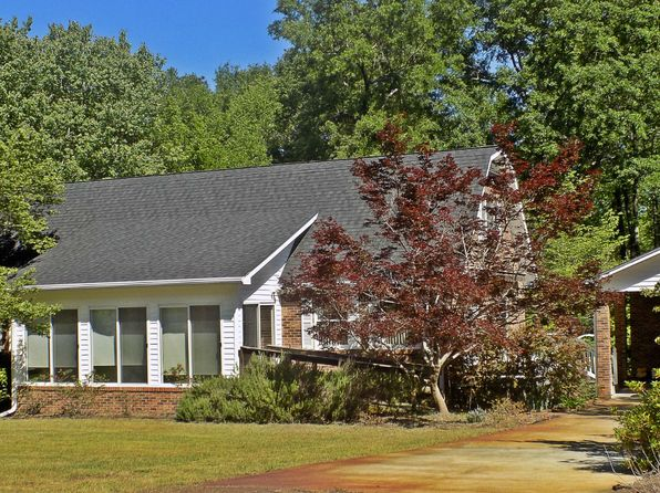 3 bed 3 bath Single Family at 106 Peachtree Dr Cheraw, SC, 29520 is for sale at 202k - 1 of 42