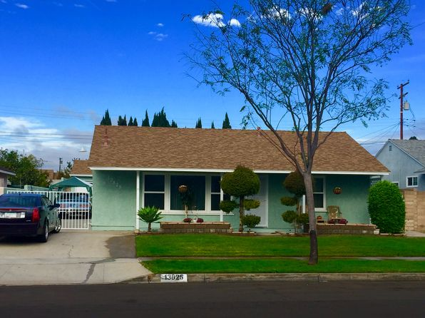 3 bed 2 bath Single Family at 13825 Cowley Ave Bellflower, CA, 90706 is for sale at 549k - 1 of 19
