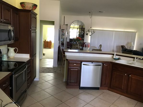 3 bed 2 bath Single Family at 762 CORDOVA CIR THE VILLAGES, FL, 32162 is for sale at 305k - 1 of 28