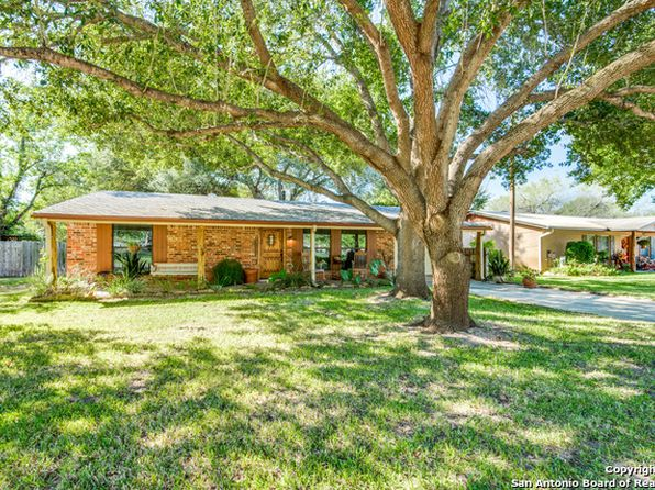2 bed 2 bath Single Family at 1305 Laredo Pleasanton, TX, 78064 is for sale at 148k - 1 of 25