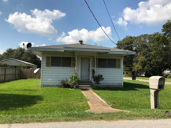 2 bed 1 bath Single Family at 303 E 2nd St Port Neches, TX, 77651 is for sale at 72k - 1 of 5