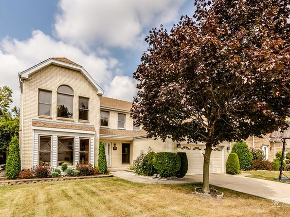 4 bed 4 bath Single Family at 698 Albany Ln Des Plaines, IL, 60016 is for sale at 529k - 1 of 28