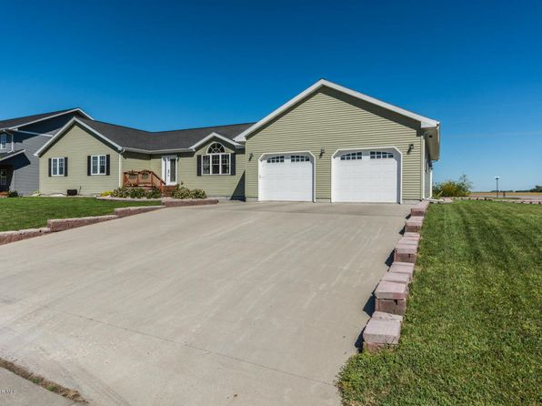 6 bed 3.5 bath Single Family at 529 Cedar Ln Crookston, MN, 56716 is for sale at 329k - 1 of 45