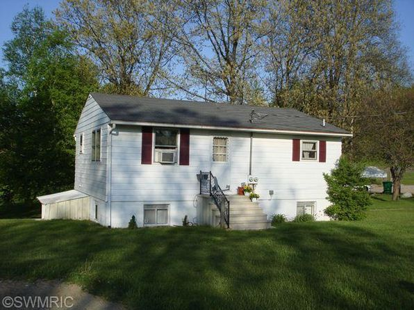 8 bed 4 bath Multi Family at 26020 Randall Rd Dowagiac, MI, 49047 is for sale at 150k - 1 of 17