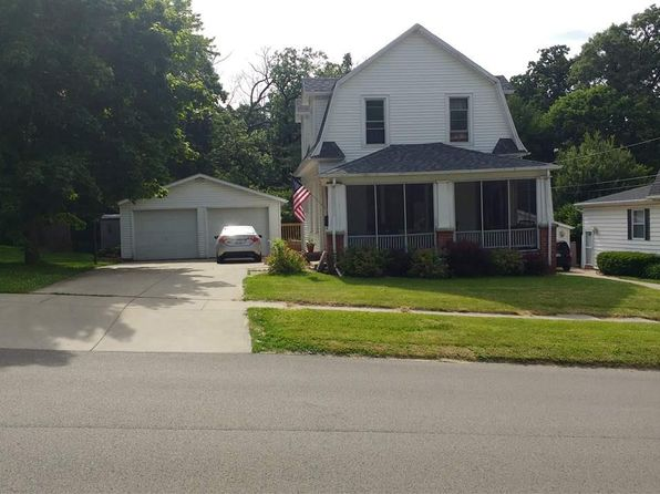 3 bed 1 bath Single Family at 30 N Mernitz Ave Freeport, IL, 61032 is for sale at 80k - 1 of 16