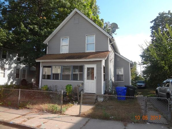 3 bed 2 bath Single Family at 37 COLLINS ST SPRINGFIELD, MA, 01109 is for sale at 42k - google static map