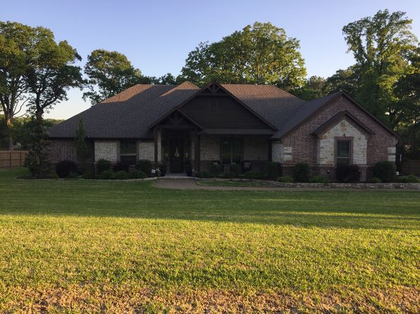 3 bed 3 bath Single Family at 13452 KARAH LN LINDALE, TX, 75771 is for sale at 360k - 1 of 14