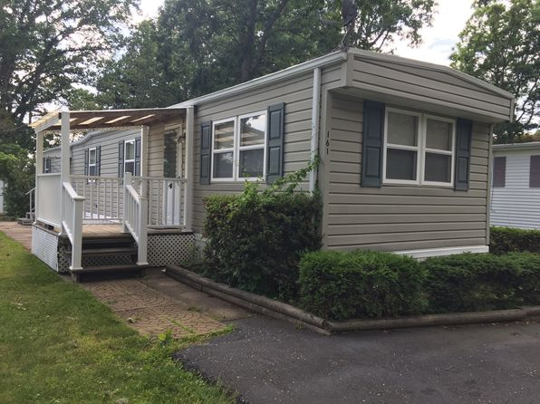 2 bed 1 bath Mobile / Manufactured at 703 Fresh Pond Ave Calverton, NY, 11933 is for sale at 37k - 1 of 6
