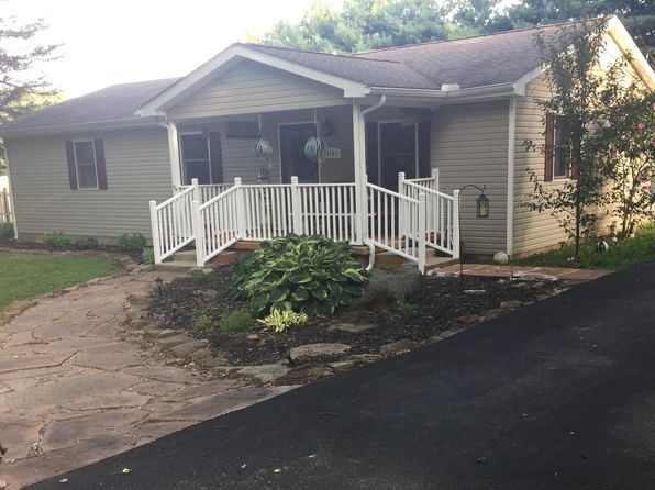 3 bed 2 bath Single Family at 1154 W 3rd St Clinton, IN, 47842 is for sale at 145k - 1 of 23