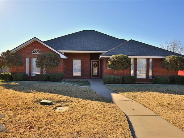 3 bed 2 bath Single Family at 1250 Newcastle Dr Abilene, TX, 79601 is for sale at 195k - 1 of 26