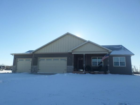 3 bed 2 bath Single Family at 12476 Woodland Ln Watford City, ND, 58854 is for sale at 363k - 1 of 20