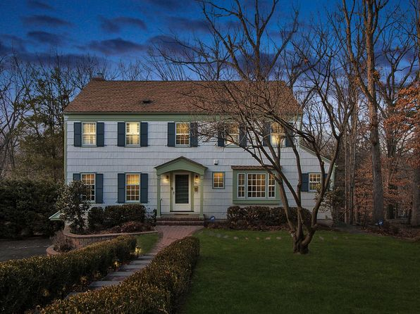 4 bed 4 bath Single Family at 85 Falmouth St Short Hills, NJ, 07078 is for sale at 1.30m - 1 of 31