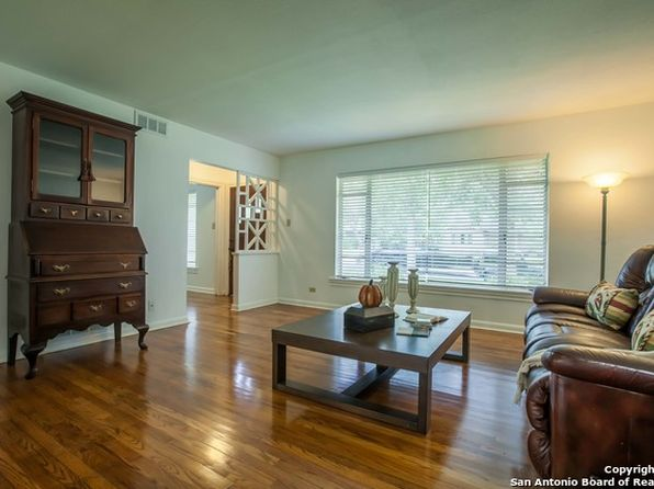 3 bed 2 bath Single Family at 114 Oakleaf Dr San Antonio, TX, 78209 is for sale at 379k - 1 of 21