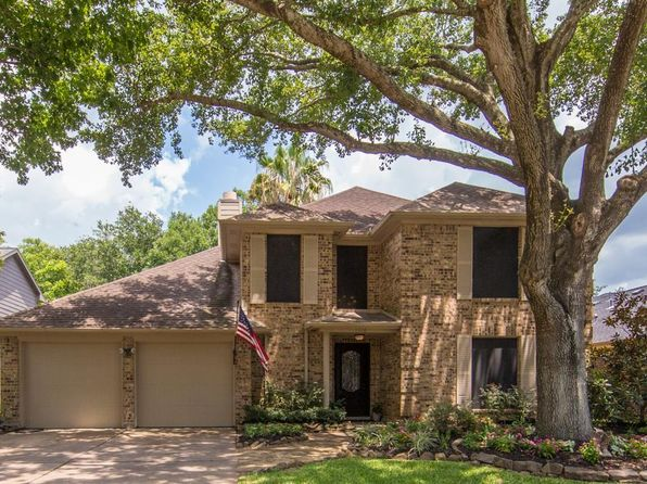 4 bed 3 bath Single Family at 1918 Fennigan Ln League City, TX, 77573 is for sale at 250k - 1 of 19