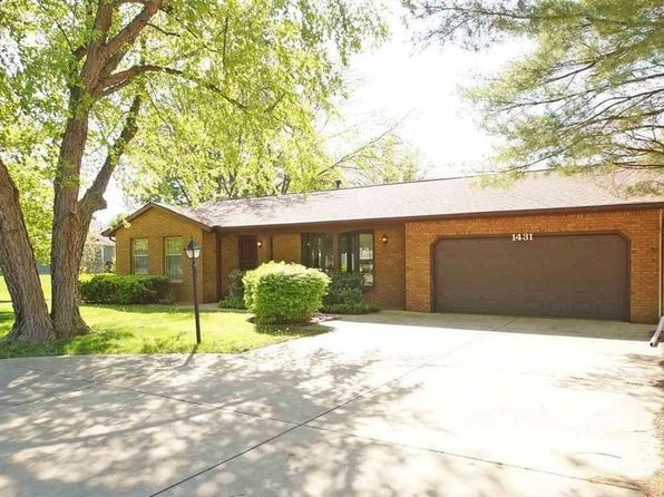 3 bed 3 bath Single Family at 1431 Highview Rd East Peoria, IL, 61611 is for sale at 200k - 1 of 26