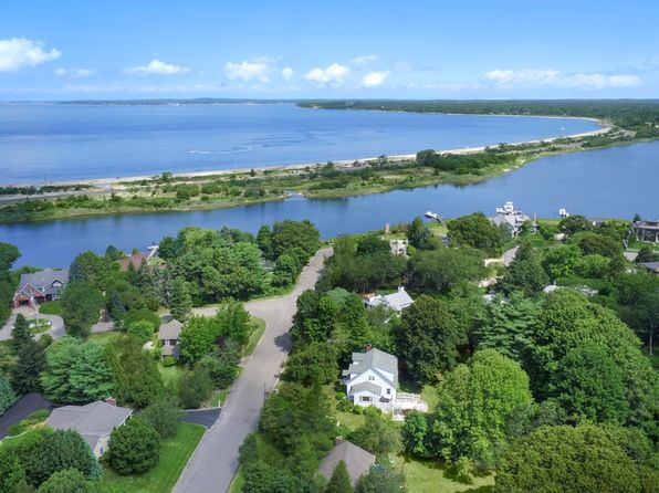 4 bed 2 bath Single Family at 50 Whitney Rd Sag Harbor, NY, 11963 is for sale at 1.20m - 1 of 16